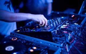 DJ les POPsCOOL