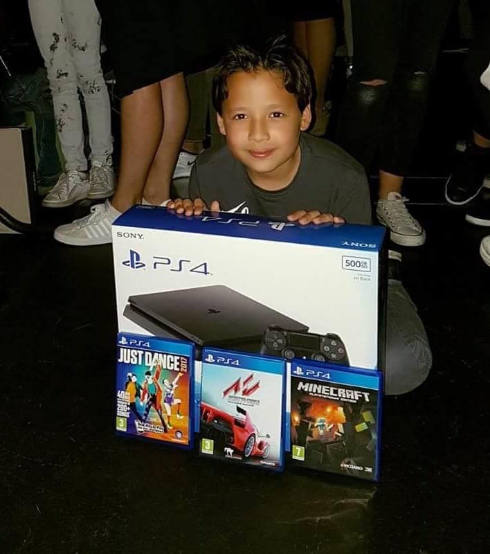 Winnaar PS4 actie Popscool