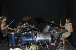 Hollyde op drumstel